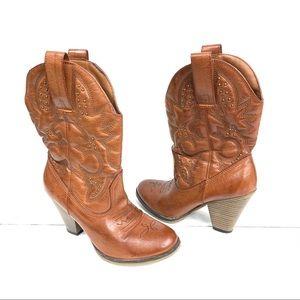 "MIA Cowboy boots light brown 31/2"" heel 6-M"